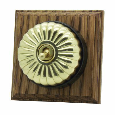 Vintage (Metal) Dome  Fluted Polished Brass / Medium Oak   Sockets & Switches