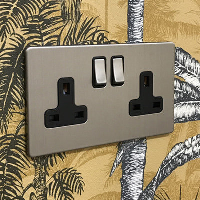 Contemporary Screwless  Brushed Chrome   Sockets & Switches