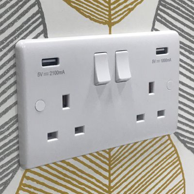 Pure White   Sockets & Switches